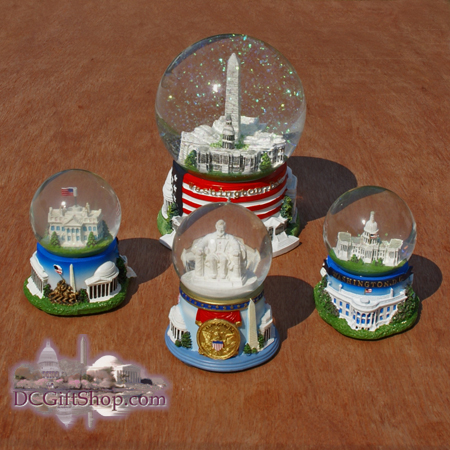 The Washington DC Musical Snow Globe Set
