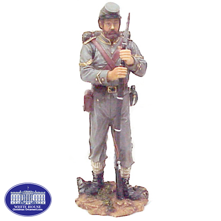 CS SOLDIER W/ BACKPACK LG. RESIN FIGURINE