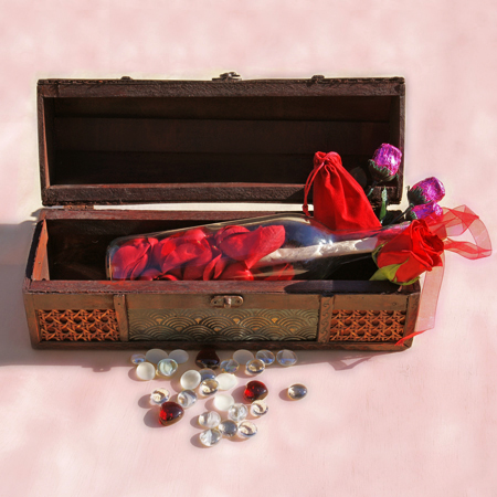 Hearts and Roses Edition Message in a Bottle